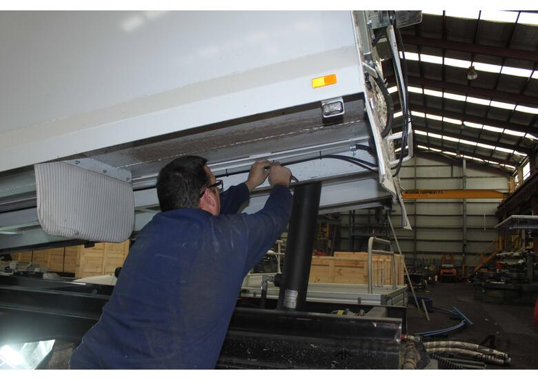 Truck Scale: Onboard Weighing: Safe Loader
