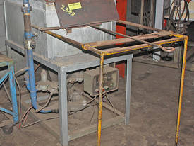 Gas Heat Treatment Oven Furnace Blacksmiths Forge  - picture0' - Click to enlarge