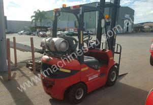 LPG Duel Fuel Workshop Forklift available for Hire