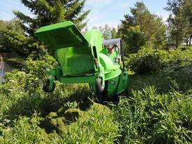 Avant 1200mm Collecting Lawn Mower for Mini Loader - picture4' - Click to enlarge