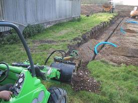 Avant Hydraulic Chain Trencher Mini Loader - picture3' - Click to enlarge