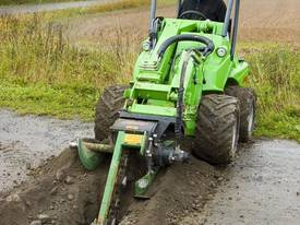 Avant Hydraulic Chain Trencher Mini Loader - picture5' - Click to enlarge