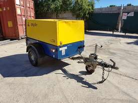 Compair C50 diesel 176 cfm compressors on heavy duty trailer chassis - picture2' - Click to enlarge