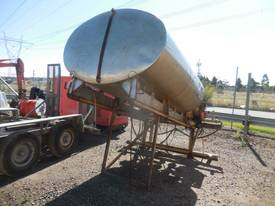 TIEMAN 4500 LITRE WATER TANK - picture2' - Click to enlarge