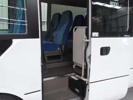 Fuso Rosa Coach Bus - picture8' - Click to enlarge