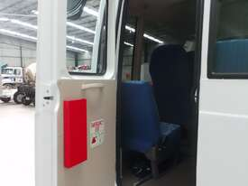 Fuso Rosa Coach Bus - picture14' - Click to enlarge