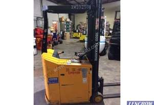 Xilin 1T stand on Electric forklift