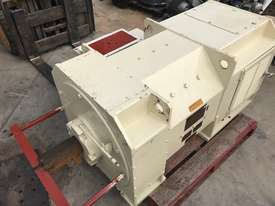 450 kw 600 hp Toshiba DC Electric Motor - picture0' - Click to enlarge