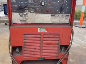 Welding Machine with electric wire roller - picture0' - Click to enlarge