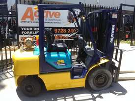 Komatsu Forklift 2.5 Ton 4.3m Lift Height Container Entry  Refurbished - picture0' - Click to enlarge