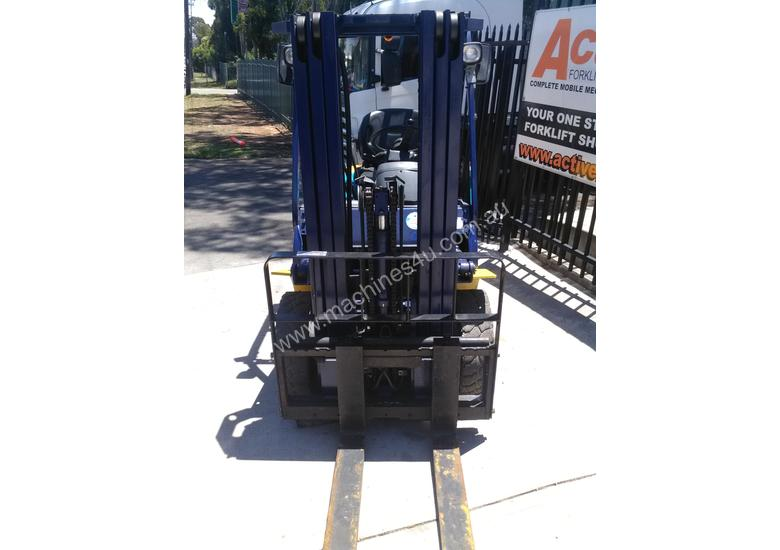 Komatsu Forklift 2.5 Ton 4.3m Lift Height Container Entry  Refurbished