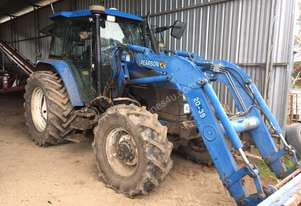 New Holland TS115 4wd cab tractor & loader