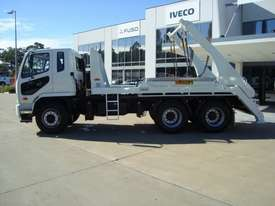 Fuso Fighter 2427 Hooklift/Bi Fold Truck - picture3' - Click to enlarge