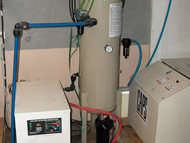Air Compressor - Dryer and Storage Tank - picture0' - Click to enlarge