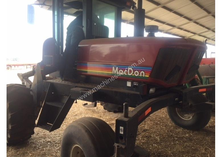 MacDon 9350 Windrowers Hay/Forage Equip