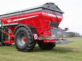 2018 UNIA RCW 120 TRAILING BELT SPREADER (12000L) - picture0' - Click to enlarge