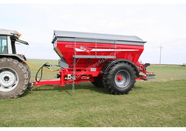 2018 UNIA RCW 120 TRAILING BELT SPREADER (12000L)