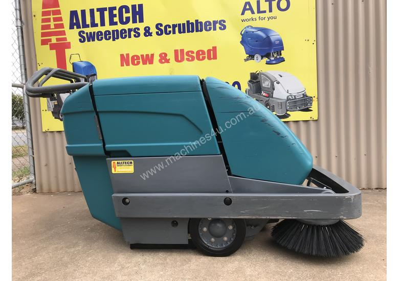 Tennant S10 Battery Powered Walk Behind Sweeper