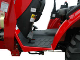 TYM T313-HST with 4in1 Front end Loader - 30hp Hydrostatic - picture8' - Click to enlarge
