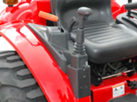 TYM T313-HST with 4in1 Front end Loader - 30hp Hydrostatic - picture5' - Click to enlarge