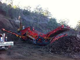 Terex Finlay 893 Heavy Duty Screen - picture4' - Click to enlarge