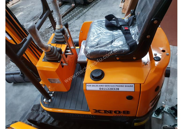 Mini excavator New model rhino xno8  2018  with all attachments