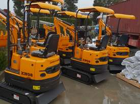 Mini excavator New model rhino xno8   with all attachments  - picture4' - Click to enlarge