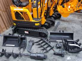 Mini excavator New model rhino xno8   with all attachments  - picture18' - Click to enlarge