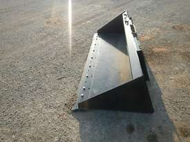 Unused CAT 2000mm 279-5376 GP Bucket  - picture1' - Click to enlarge