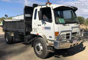 Mitsubishi Fighter Tipper 270hp, Call EMUS..
