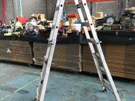 Mighty Max Telescopic Ladder Folding Aluminum 4.5 Meter 150 kgs SWL - picture2' - Click to enlarge