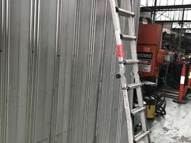 Mighty Max Telescopic Ladder Folding Aluminum 4.5 Meter 150 kgs SWL - picture4' - Click to enlarge