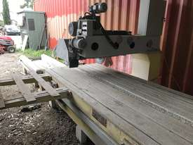Stone cutting machine  - picture1' - Click to enlarge