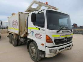 2006 HINO FM WATER TRUCK - picture0' - Click to enlarge