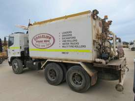 2006 HINO FM WATER TRUCK - picture1' - Click to enlarge