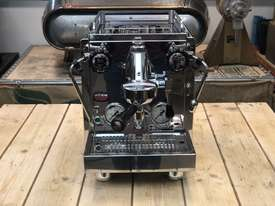 ROCKET R58 V2 DUAL BOILER 1 GROUP BRAND NEW ESPRESSO COFFEE MACHINE - picture1' - Click to enlarge
