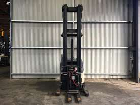 Electric Forklift Reach RD Series 1999 - picture1' - Click to enlarge