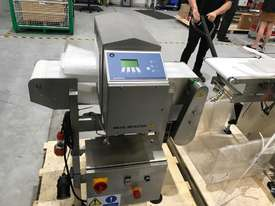 Bizerba Metal Detector for Food/Product Inspection - picture0' - Click to enlarge