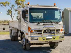 16T Tipping Truck - picture0' - Click to enlarge