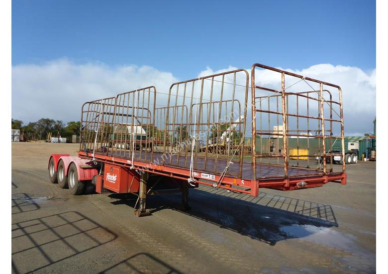 1999 Freightmaster Tri Axle Flat Top A Trailer (L37)