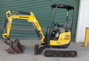 Low Houred Yanmar VIO17 With Tilt Hitch!