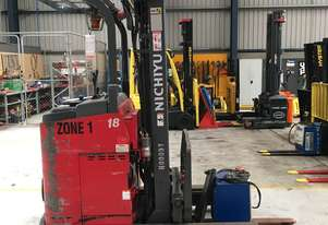 3.0T Battery Electric Sit Down Reach Truck