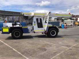Franna 4WD 10 Pick and Carry Crane - picture0' - Click to enlarge