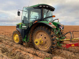 John Deere 7230R FWA/4WD Tractor - picture2' - Click to enlarge