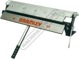 2F Manual Panbrake Folder 610 x 1.2mm Mild Steel Bending Capacity - picture0' - Click to enlarge