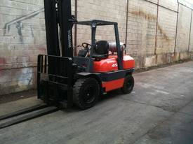 Toyota 6FG45 Forklift - picture0' - Click to enlarge