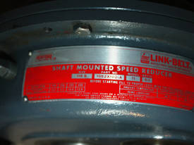 Shaft mounted speed reducer 5:1 Ratio gear box - picture1' - Click to enlarge