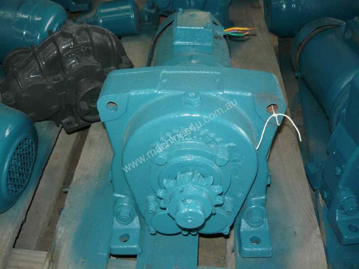 INDUSTRIAL REDUCTION BOX MOTOR/ 52RPM