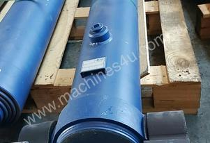 Well Mount TIpping Hoist FS4-172-6246 END OF LINE