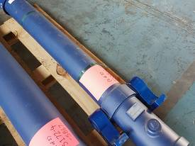 TIPPING HOIST Well Mount Raised Trunnion - picture4' - Click to enlarge